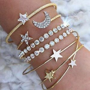 Jewelry - 4 Pcs Retro Moon Star Heart Crystal Bracelet Set